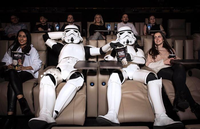 Мединский предложил ограничивать число показов каждого фильма в кинотеатрах