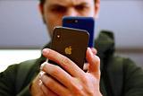 Apple призналась в замедлении работы iPhone ради продления срока их работы