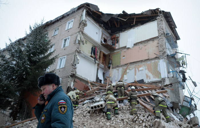 Стена пятиэтажки обрушилась в Ивановской области
