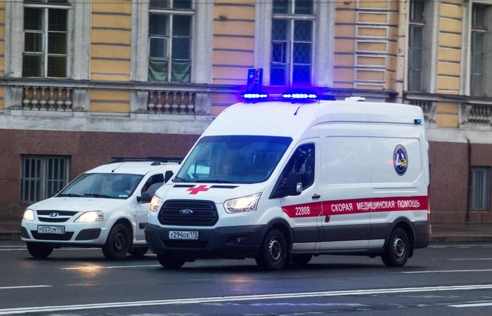 Из-за взрыва в супермаркете Петербурга пострадали люди