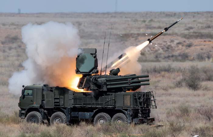ЗРПК на российской авиабазе в Сирии сбил две ракеты боевиков