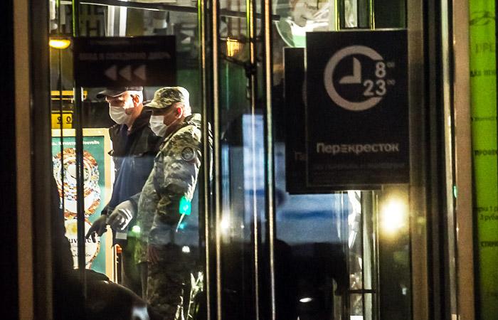 """Взрывное устройство в петербургском """"Перекрестке"""" состояло из тротиловой шашки и гаек"""