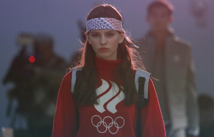 МОК утвердил эскиз формы российских олимпийцев на Игры-2018