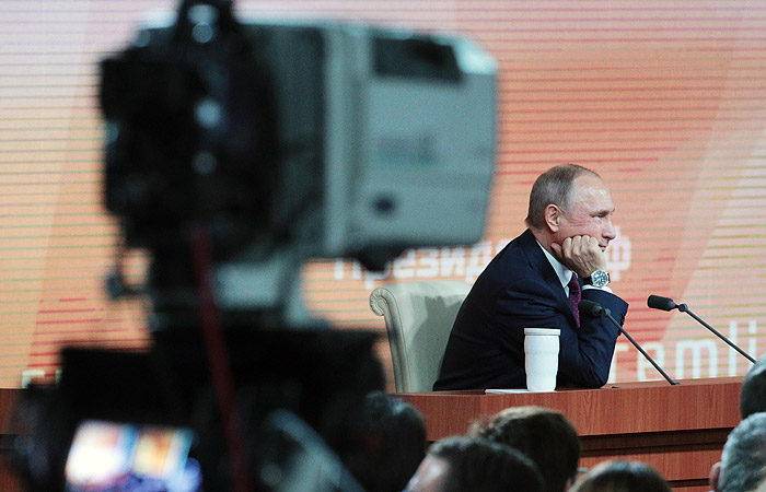 Путин рассказал об отсутствии дискомфорта от телекамер