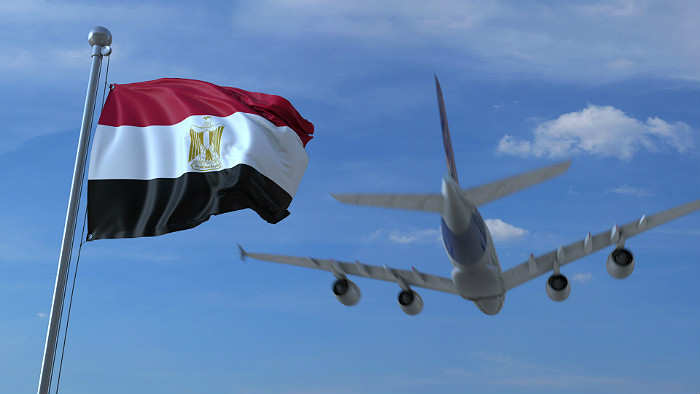 Путин снял ограничения на пассажирские авиаперевозки в Каир