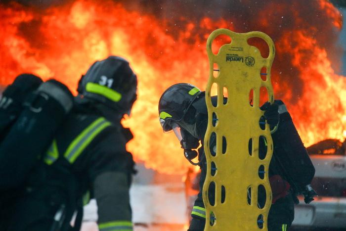 """Пожар в бизнес-центре """"Физтехпарк"""" на северо-востоке Москвы ликвидирован"""