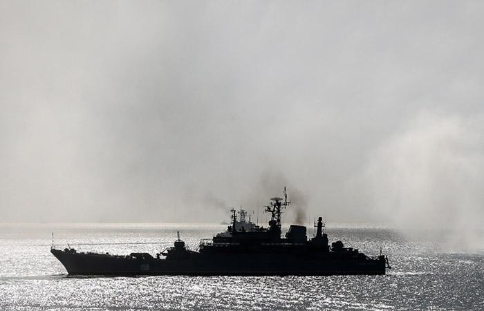 """В ЧФ рассказали о столкновении десантного корабля """"Ямал"""" в Эгейском море"""