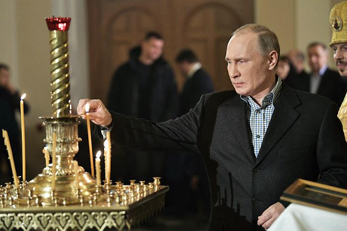 Путин на Рождестве
