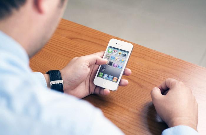 Россияне подадут иски к Apple из-за замедления работы iPhone