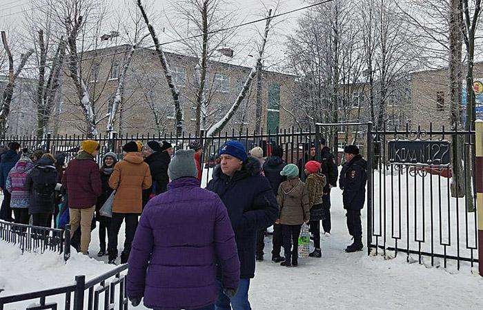 Участник поножовщины в пермской школе состоял на учете в ПНД