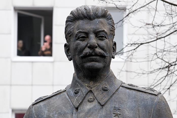 """Минкультуры попросили проверить фильм """"Смерть Сталина"""" на экстремизм"""
