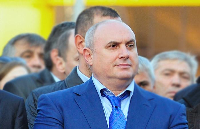 Мэра Махачкалы отстранили от должности