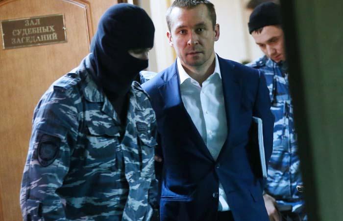 Защита семьи полковника Захарченко пожаловалась Путину на несправедливый суд