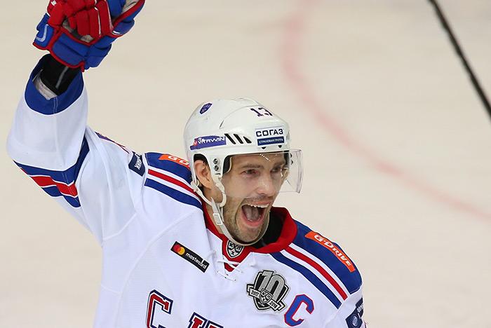 Дубль Капризова помог сборной Российской Федерации похоккею обыграть Беларусь вконтрольном матче