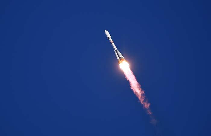 """Ракета-носитель """"Союз-2.1а"""" стартовала с """"Восточного"""""""