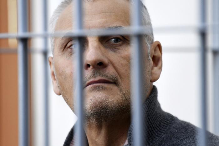 Экс-губернатор Сахалина Хорошавин приговорен к 13 годам заключения