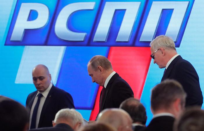 Бизнес пришел на встречу к Путину с кузнецом