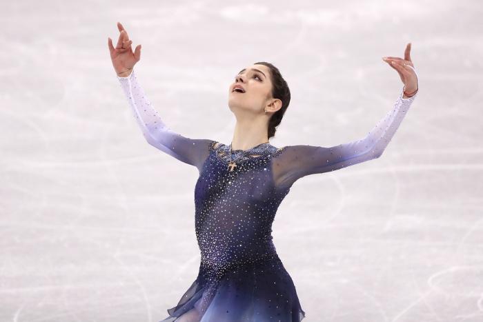 Фигуристка Медведева выиграла короткую программу командного турнира Игр смировым рекордом