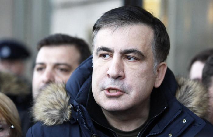 Саакашвили задержали люди в камуфляжной форме в центре Киева