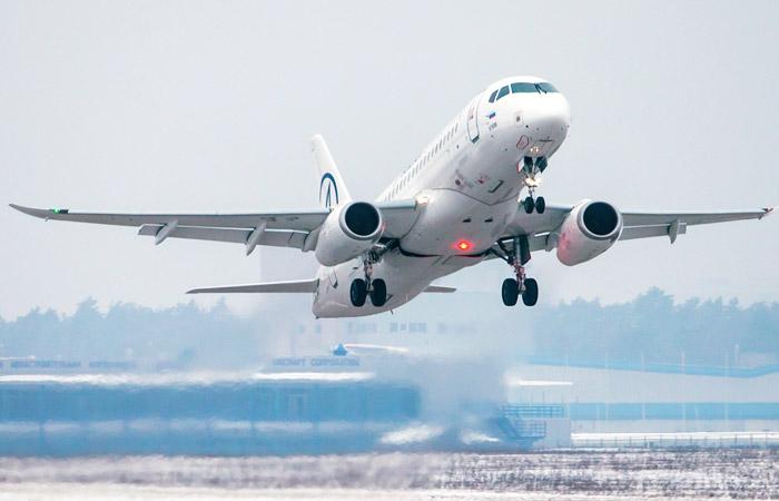 """""""Гражданские самолеты Сухого"""" опровергли наличие у SSJ-100 схожих с Ан-148 проблем"""