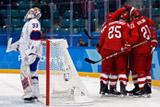 Российские хоккеисты разгромили команду Норвегии и вышли в полуфинал ОИ