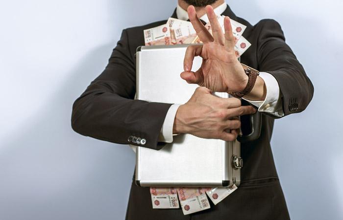 Источник сообщил о возможной растрате похищенных в МДТ 45 млн руб. на предметы роскоши