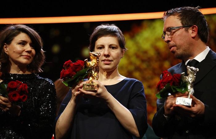 Румынский фильм «Неприкасайся» получил «Золотого медведя» Берлинале