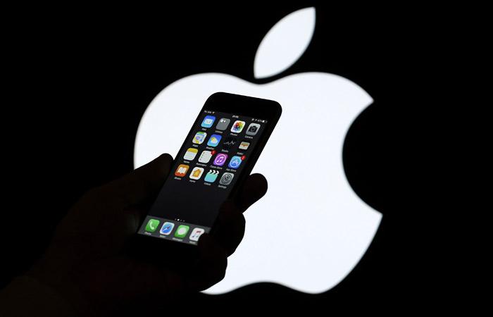 Суд в Москве вернул заявителям 5 исков к Apple по поводу аккумуляторов iPhone