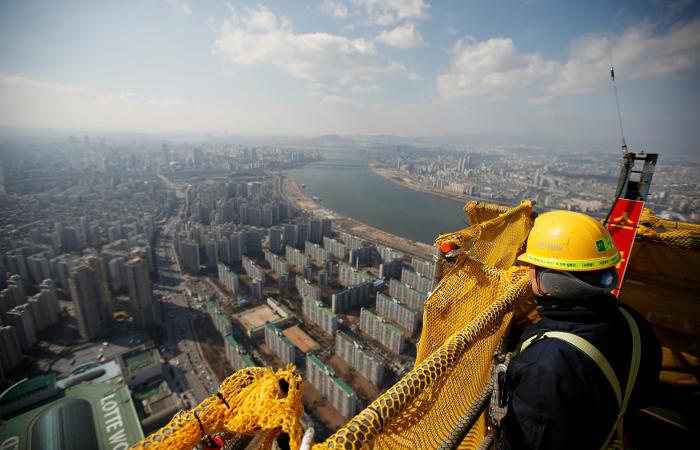 Южная Корея установит 52-часовую рабочую неделю