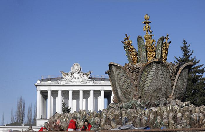 """Реставрацию фонтана """"Каменный цветок"""" на ВДНХ оценили в 1,23 млрд рублей"""