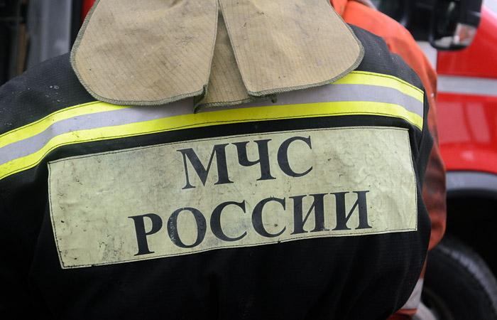 Взрывом повреждено несколько этажей в жилом доме в Петербурге
