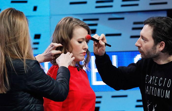 Собчак расплакалась после оскорблений Жириновского— Дебаты вслезах