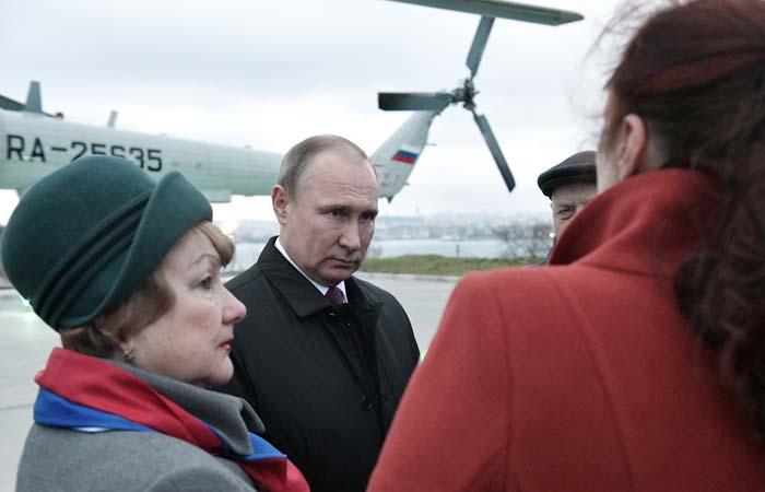 Госдеп США осудил визит Путина в Крым