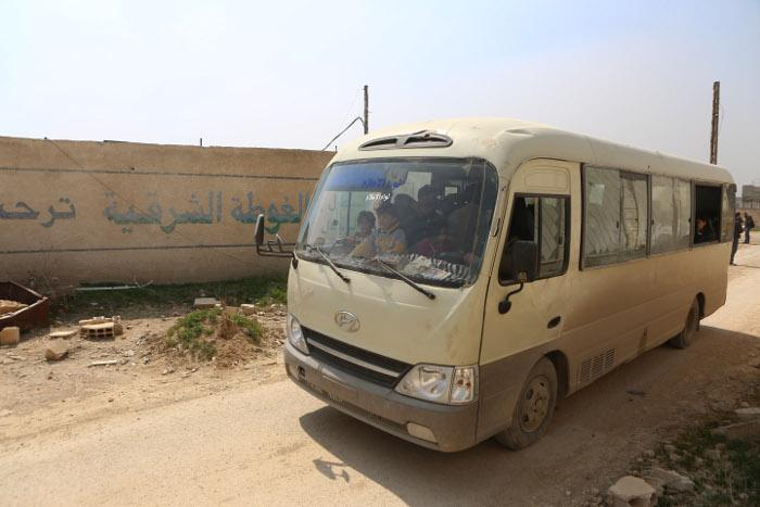 Более 5 тысяч человек покинули Восточную Гуту через второй гуманитарный коридор