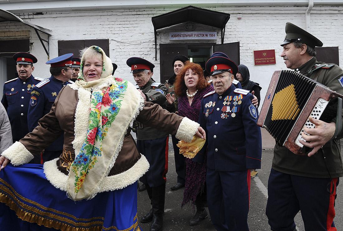 ... членов казачьей общины в Ростове-на-Дону