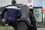Во Франции захватившие заложников в супермаркете сторонники ИГ ранили полицейского