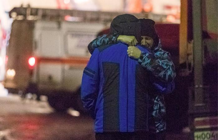 СКР подтвердил гибель 53 человек в результате пожара в Кемерове