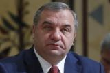 Глава МЧС заявил о шансах найти живых в горящем ТЦ в Кемерове