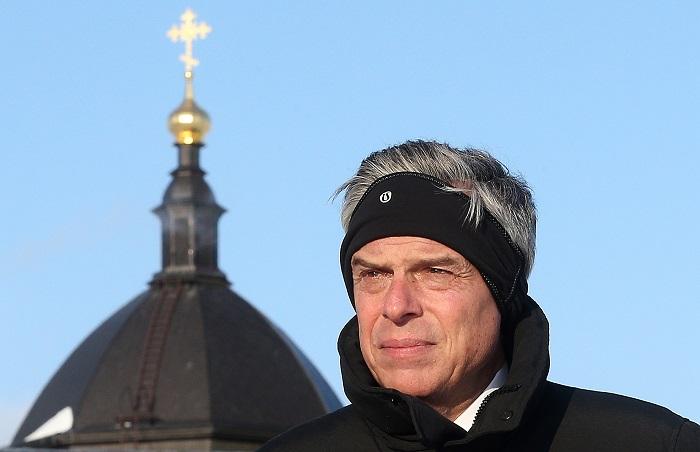 Посол США в РФ объяснил высылку российских дипломатов в день трагедии в Кемерове