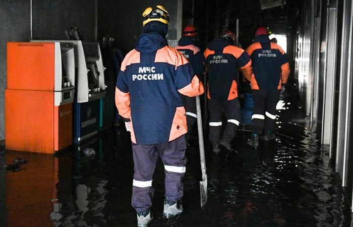 """Управляющая """"Зимней вишней"""" заявила в суде о возможном поджоге ТЦ"""