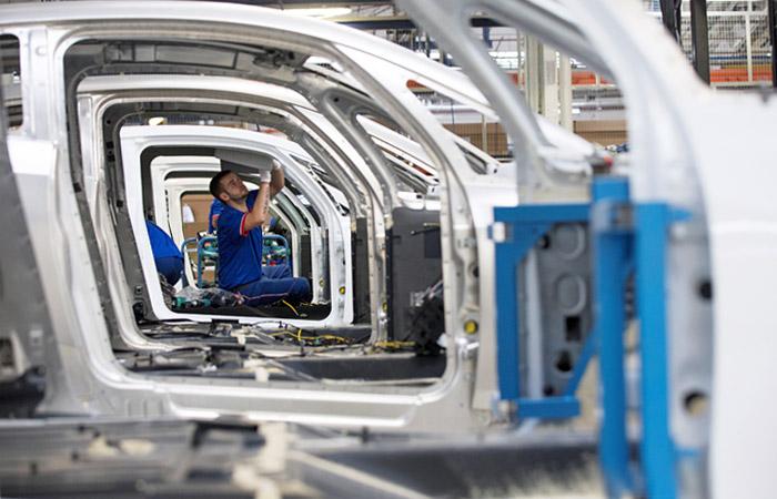 Renault и Nissan начали переговоры по созданию объединенного автопроизводителя