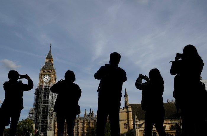 Дипломаты предупредили отправляющихся в Великобританию россиян о риске провокаций