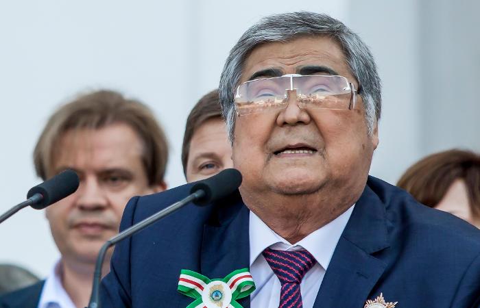 Губернатор Кемеровской области попросил президента об отставке