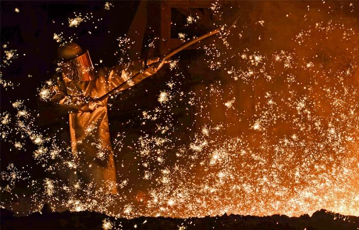 Акции российских нефтегазовых и металлургических компаний подорожали