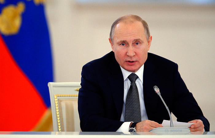 Путин обвинил США в усугублении гуманитарной катастрофы в Сирии