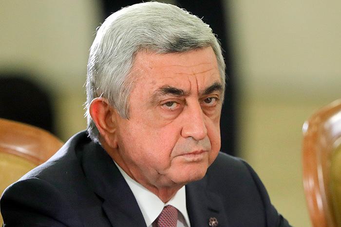 Вцентре Еревана собрались тысячи недовольных кандидатурой Саргсяна напост премьера