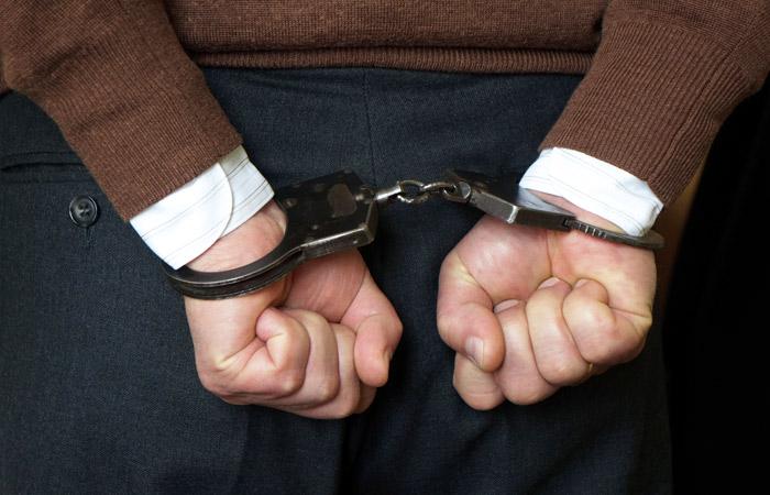 """Экс-вице-президента """"Росгосстраха"""" арестовали по обвинению в хищении более 1 млрд руб."""