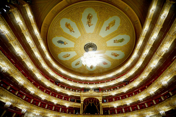 МИД РФ обвинил Вашингтон в срыве выступления артистов Большого театра в США. Прима-балерина Ольга Смирнова и первый солист балетной труппы Якопо Тисси не получили американских виз