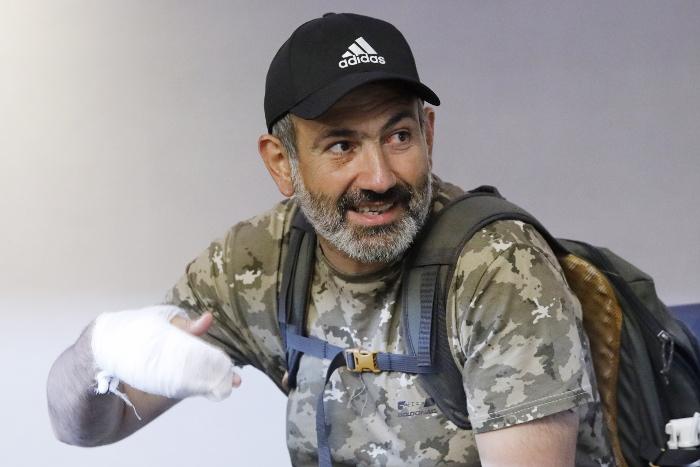 Спикер парламента Армении встретится с задержанными оппозиционными депутатами