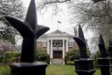 МИД РФ обвинил власти США в рейдерском захвате генконсульства в Сиэтле